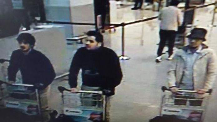 Op de foto de drie verdachten van de aanslag op Zaventem.