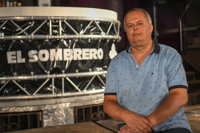 Harold Meulenbroeks doet zijn disco El Sombrero van de hand.
