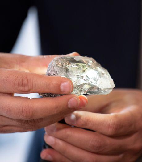Derde grootste diamant ooit in Antwerpse handen: HB Antwerp zal steen van 1.175 karaat slijpen, waarde loopt wellicht in de tientallen miljoenen euro