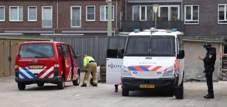 Crystal methlab gevonden in garagebox Veghel, politie zoekt op de vlucht geslagen verdachten