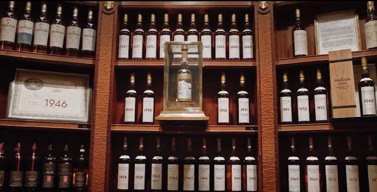 De verzameling van wijlen Richard Gooding telt 3.900 flessen whisky.