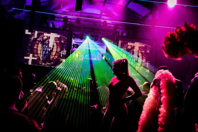 De Casino maakt zich op om feestelijk het najaar in te gaan, met 'Break Out!' van Lu&Gu als het allereerste indoor feestje in Sint-Niklaas sinds héél lang.