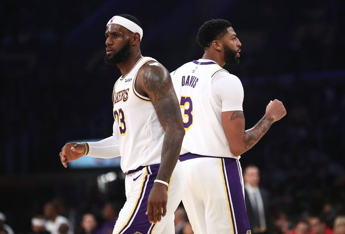 Anthony Davis (rechts) moet LeBron James (links) bijstaan in de titeljacht van LA Lakers.