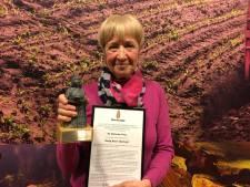 Hetty Boon-Bierhoff, supervrijwilliger voor de Zonnebloem, is nu ook een Moergestelse Reus