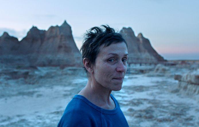 """Frances McDormand dans une scène de """"Nomadland""""."""
