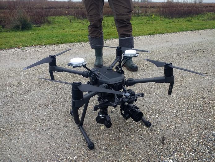 Een warmtecamera op een kleine helikopter brengt 'leven' in het natuurgebied in kaart.