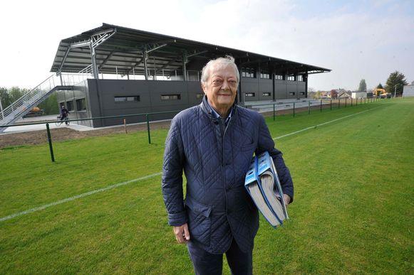 Archiefbeeld van voorzitter Henri Vandervorst op de terreinen van FC Melsbroek.