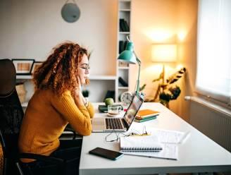 Onderzoek: meisjes hebben veel last van valse informatie online