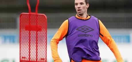 Viergever lijkt opnieuw PSV-linksback bij Ernest Faber: 'Zoveel geheimen hebben we niet'