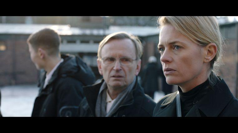 De Zweedse reeks 'Love Me' is meer dan amoureuze perikelen en een generatieconflict.  Beeld Lumière