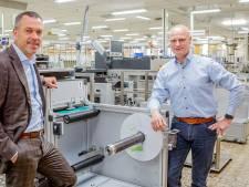 Bij Fujifilm in Steenbergen gebruiken ze 225 kilometer fotopapier per dag: 'Alles wat we maken is uniek'
