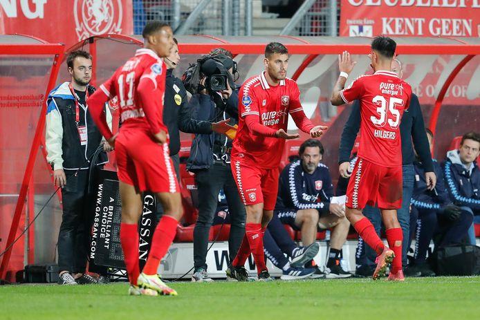 Dario Dumic moet het tegenwoordig bij FC Twente doen als invaller.