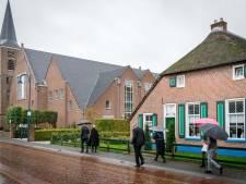 Corona houdt kerkgangers Staphorst niet tegen: 'Angst regeert niet, God regeert'