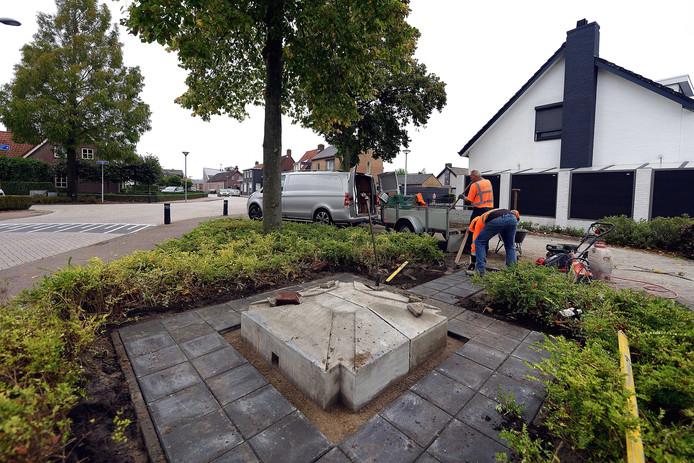 De gemeente heeft deze week voor ondersteuning gezorgd, zodat het nieuwe monumentje in Zegge op tijd klaar is voor een groots opgezette viering van de bevrijding. De sokkel wordt voorzien van een speciale plaquette met inscripties.