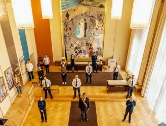 Elf nieuwe politiemensen vervoegen korps van Oostende en leggen eed af