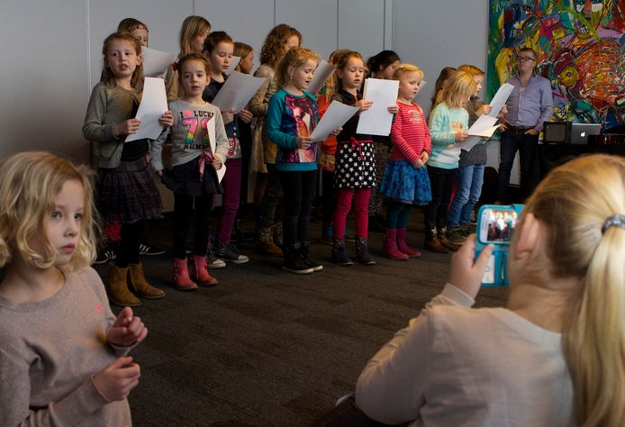 'Kinderen worden één in de harmonieuze klanken van het lied.'