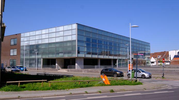De jongeman moest zich verantwoorden in de politierechtbank van Kortrijk.