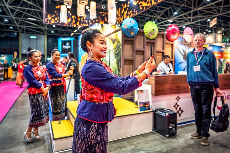 De stand van Thailand op de Vakantiebeurs. De afgelopen maanden zijn vooral kleinere reisbureaus onderuitgegaan door corona.  Beeld Raymond Rutting  / de Volkskrant
