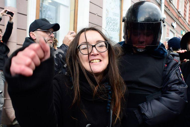 In oktober 2018  vloog Jelena Grigorjeva na een demonstratie in Sint-Petersburg tijdelijk in de cel.
