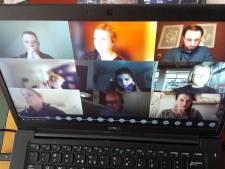VVD Oisterwijk stelt online vergaderen aan de kaak: 'Negatieve invloed op democratie'