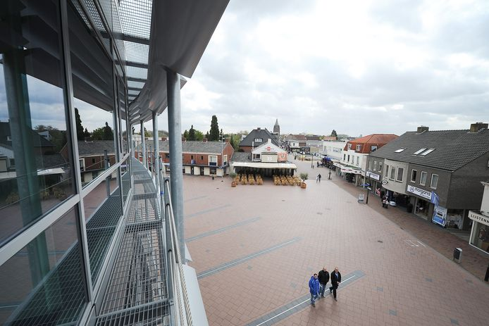 Kijken er straks drie of vier wethouders vanuit het gemeentehuis uit over Boxmeer?