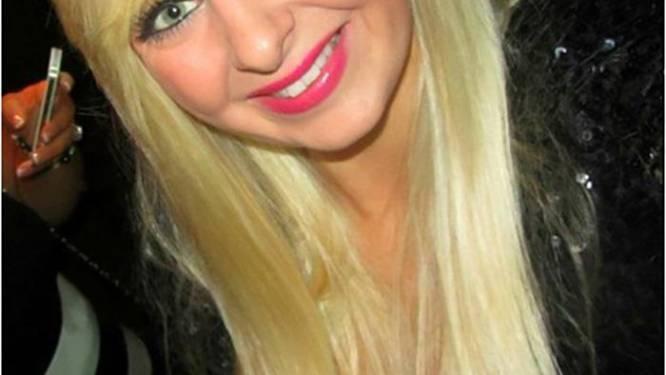 Stephanie (24) kreeg 14 keer te horen dat ze migraine had maar het was dodelijke tumor