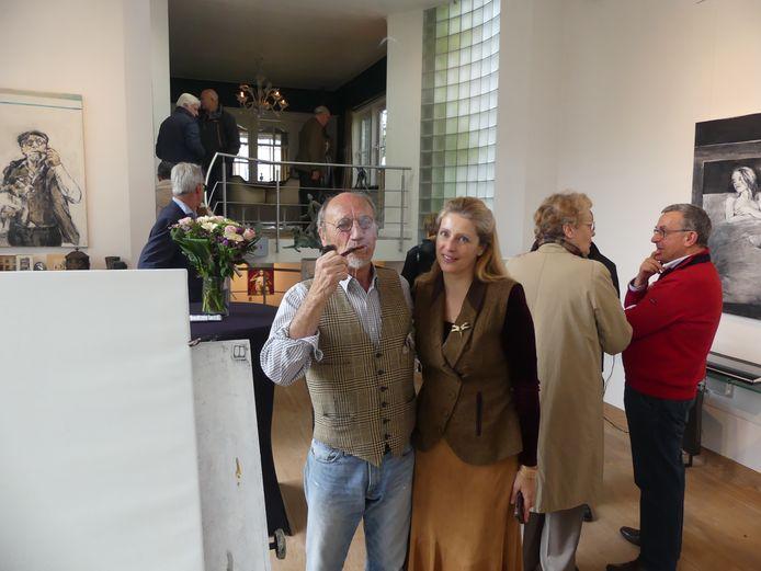 Martin Wallaert en zijn vriendin Bianca in zijn nieuwe atelier in Villa Ter Ide.