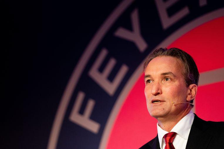 Feyenoord-directeur Mark Koevermans lichtte donderdagavond op het Rotterdamse stadhuis in een speciale commissievergadering zijn visie toe op de plannen voor het nieuwe stadion van de club. Beeld ANP Sport