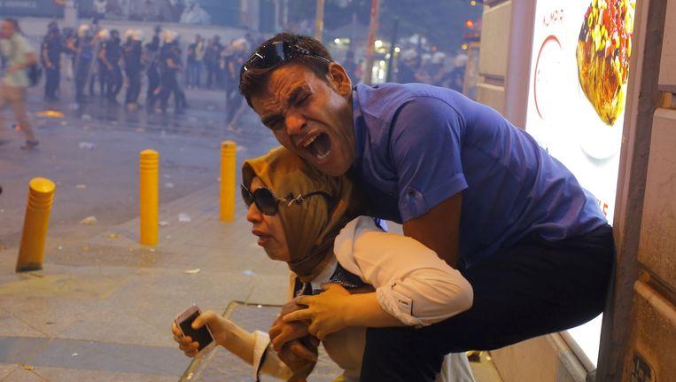 De politie trad hard op tegen de betogers. Beeld reuters