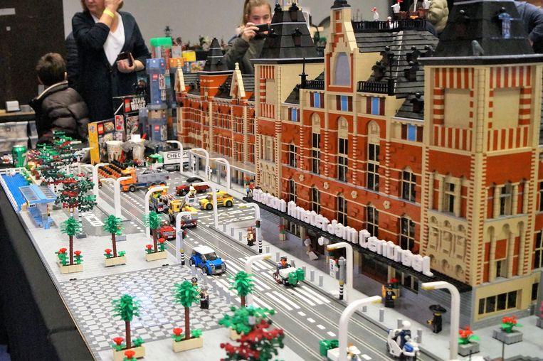 In 2018 was het Centraal Station van Amsterdam nog een van de blikvangers op Legobouwbeurs Brick Tricks in Tielt.