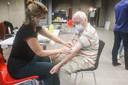 Eddy Lapage (79) ligt niet meteen wakker van het resultaat van zijn bloedonderzoek.
