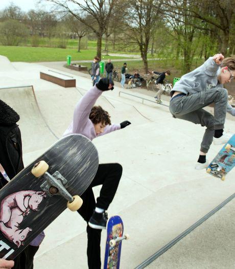 Jippe (15) wil een nieuwe skatepark en krijgt hulp van de gemeente Houten: 'Skaten houdt ons van de straat'