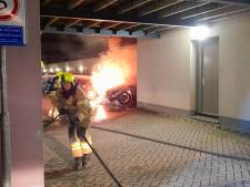 Opnieuw autobrand in Hendrik-Ido-Ambacht