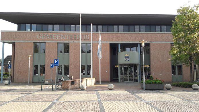 Het gemeentehuis van Haaren. Die gemeente splitst per 1 januari op.