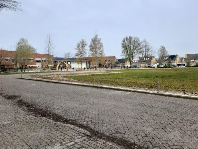 Het terrein waar ooit sportcentrum Hispohal stond is nu braakliggend.