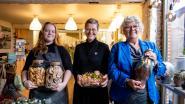 Creatieve dames organiseren wintermarkt met zelfgemaakte geschenken