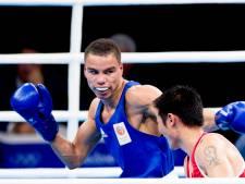 Bokser Lacruz grijpt bij OKT in Parijs ticket voor Spelen