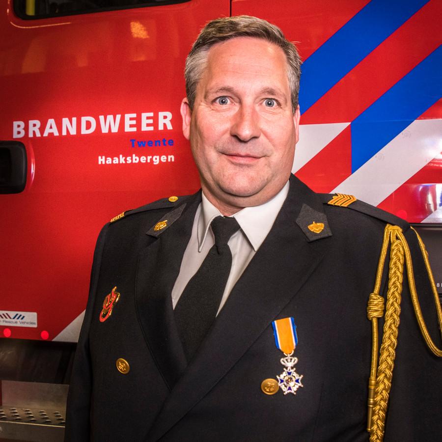 TT-2019-010155-Haaksbergen Brandweervrijwilliger Benno Spekschoor lid in de Orde van Oranje Nassau editie:Enschede Foto Reinier van Willigen RWN20190412