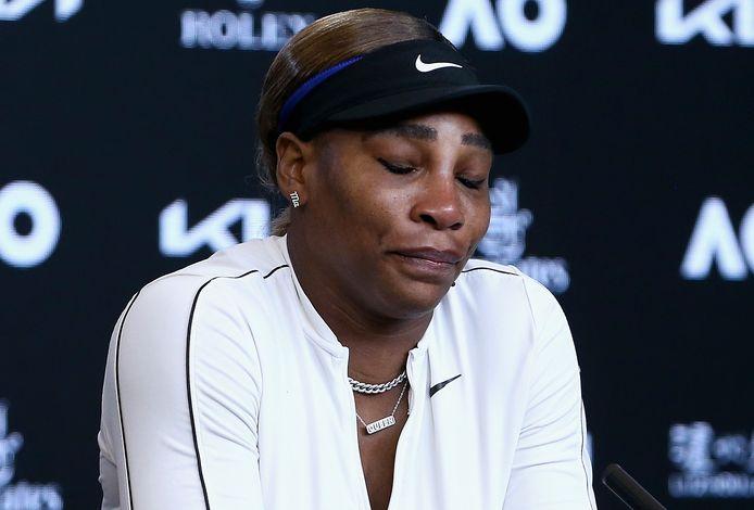 Serena Williams was erg emotioneel na afloop van de verloren halve finale.