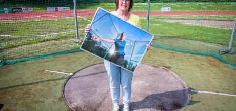 De dochter van Bea uit Emmeloord vecht om terug te keren na een blessure: 'Het is zoeken naar de juiste woorden'
