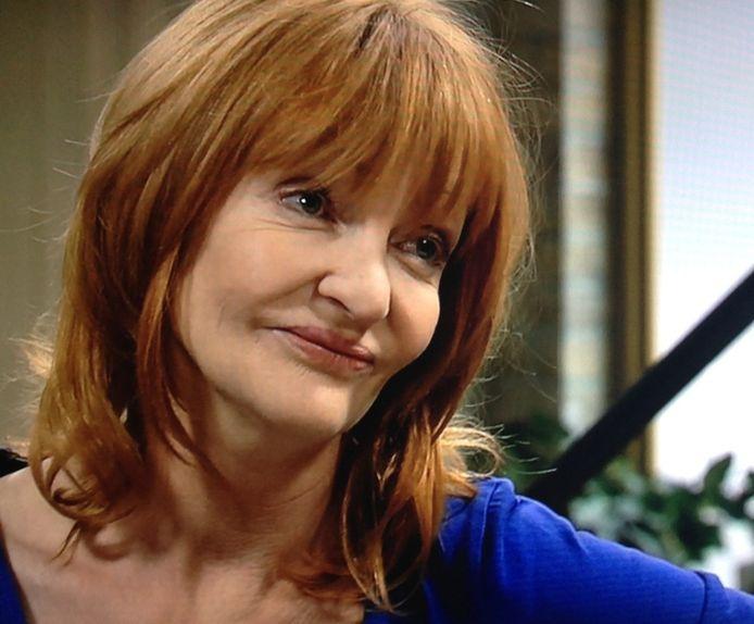 """Myriam Bronzwaar speelt Julia in 'Thuis', die vrijdag trouwt met de 'foute' Luc. Zelf is ze nooit getrouwd. """"Ik ben nooit de juiste man tegengekomen, en nu hoeft het niet meer"""", zegt ze in Dag Allemaal"""