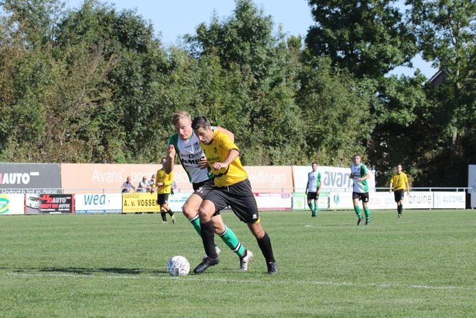Ronald Zwager (geel shirt).