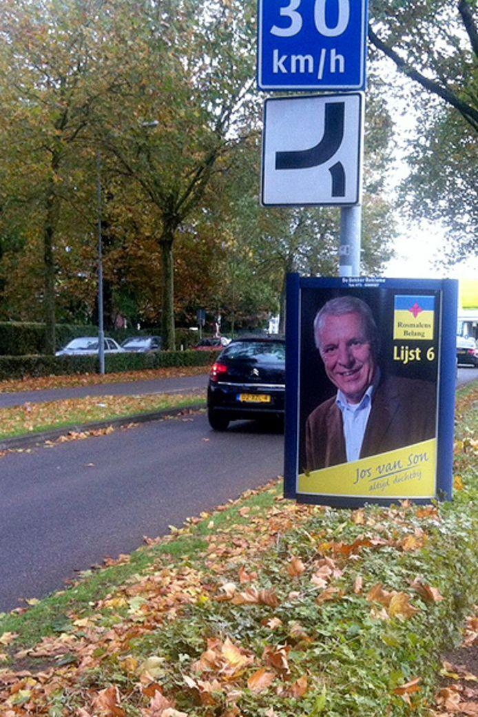Jos van Son van Rosmalens Belang levensgroot op reclameborden. Verkiezingsbord Rosmalens Belang
