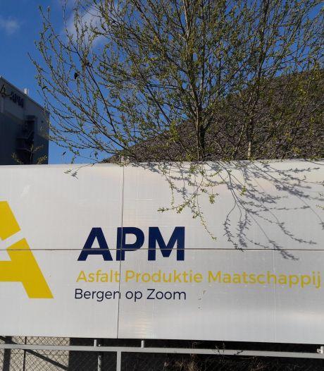 Bergse asfaltfabriek draait weer, uitstoot zorgwekkend benzeen nauw in de gaten gehouden