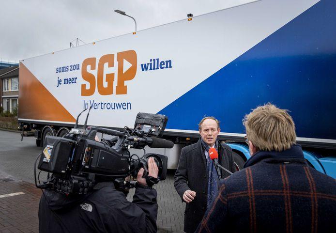 Fractievoorzitter Kees van der Staaij van de SGP tijdens een interview
