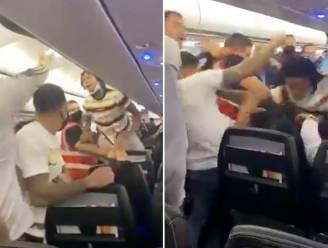 Stevige knokpartij aan boord van vliegtuig: politie moet amokmaakster taseren