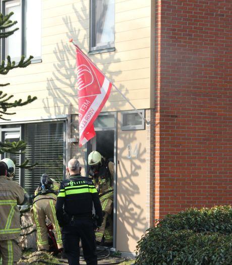 Pan op gasfornuis vat vlam: brand in Holtense hoekwoning
