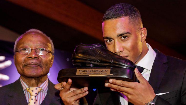 Tielemans kreeg de trofee uit handen van Paul Bonga Bonga.