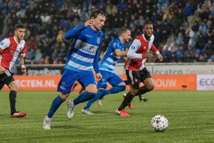 Rico Strieder komt definitief over van FC Utrecht en tekent in Zwolle een tweejarig contract.
