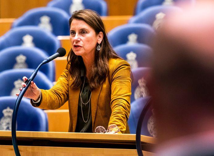 Kamerlid Antje Diertens (D66) tijdens het overleg in de Tweede Kamer over de begroting van Koninkrijksrelaties. ANP REMKO DE WAAL